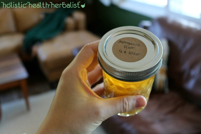 How to make astragalus tincture